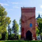 Najstarszy murowany zabytek na Warmii w nowej odsłonie. Wieża Bramna w Braniewie pamięta czasy średniowiecza