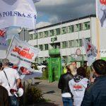 Strajk w Zakładzie Gospodarki Odpadami Komunalnymi w Olsztynie. Protestujący walczą m.in. o większe wynagrodzenia