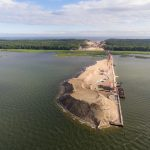 Nowe informacje ws. budowy kanału przez Mierzeję Wiślaną. Scalany jest pierwszy most obrotowy