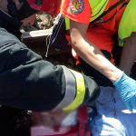 Zderzenie samochodu osobowego z szynobusem. Nie żyje 17-latek z Pisza