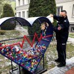 Zbierają nakrętki na rzecz 3-letniego Marcela. Do akcji dołączył szef warmińsko-mazurskich policjantów