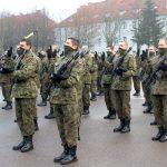 Przyszłość zawodową chcą związać z armią. W Braniewie kilkadziesiąt osób złożyło przysięgę wojskową