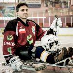 To jeden z najwybitniejszych zawodników w hokeju na sledżach. Sylwester Flis wyróżniony przez Prezydenta RP