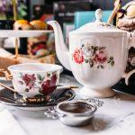Czy ma znaczenie to, w czym pijemy herbatę?