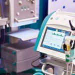 Coraz więcej pacjentów na oddziałach covidowych Szpitala Miejskiego w Elblągu. Wszystkie respiratory są zajęte
