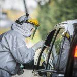 Weekendowy spadek liczby zakażeń. W regionie najwięcej przypadków w Olsztynie, najmniej na Mazurach
