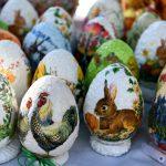 Wielkanocne zwyczaje i tradycje w audycji Roberta Lesińskiego