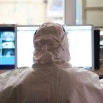 Rośnie czwarta fala koronawirusa. W regionie utrzymuje się liczba zakażeń