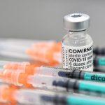 Przyspieszają szczepienia młodzieży. W poniedziałek rusza rejestracja 16 i 17-latków
