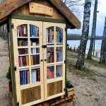 Są rozdawane z okazji Światowego Dnia Książki. Bibliotekarze zachęcają do wspólnego świętowania