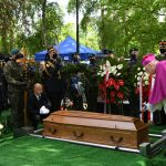 Jerzy Wilk pośmiertnie odznaczony. Poseł PiS spoczął na cmentarzu Agrykola