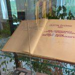 Otwarto wystawę poświęconą wizycie Jana Pawła II w Olsztynie. Można obejrzeć ponad 200 eksponatów