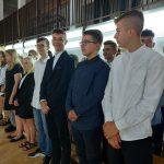 Uczniowie i nauczyciele z SP 4 w Mrągowie uroczyście pożegnali rok szkolny