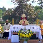 Obchody 30. rocznicy pielgrzymki św. Jana Pawła II do Olsztyna. Wideo transmisja mszy przy krzyżu papieskim