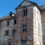 Archeolodzy zbadają piwnice zamku krzyżackiego w Ełku