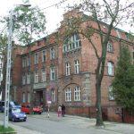 Burmistrz Ostródy wypowiedział umowę użyczenia budynku. Co dalej z potrzebującymi pomocy?