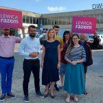 Działacze Lewicy Razem mówili o konieczności remontu dworca w Olsztynie i wykluczeniu komunikacyjnym