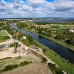 Prace przy nowym moście w Nowakowie trwają. Zobacz, co dzieje się na placu budowy