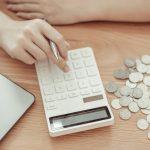 Pieniądze na czarną godzinę. Jak nauczyć się oszczędzać?