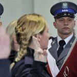 Nowi policjanci w szeregach warmińsko-mazurskiej policji. Funkcjonariusze złożyli ślubowanie