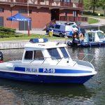 Wodniacy gotowi do sezonu na Wielkich Jeziorach Mazurskich. Policja z Węgorzewa wzbogaciła się o nową łódź patrolową