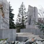 """To nie był tylko primaaprilisowy żart. """"Zburzyliśmy"""" olsztyński pomnik by poruszyć ważny temat"""
