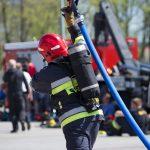 Autokary wiozące kibiców zderzyły się z ciężarówką. Ratuje ich 55 strażaków. Służby ćwiczą przed piłkarskim mundialem w Rosji