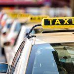 Problemy Ubera? Będą jednolite zasady dla pośredników i taksówkarzy